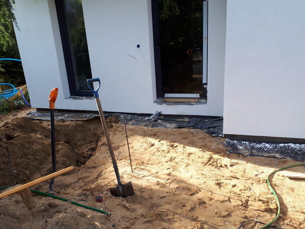 budowa tarasu w ogrodzie